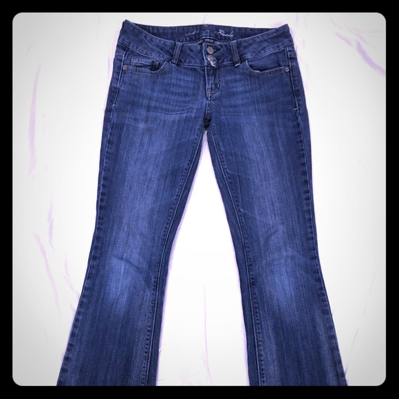 American Eagle Outfitters Denim - American Eagle Artist Stretch Jeans size 4
